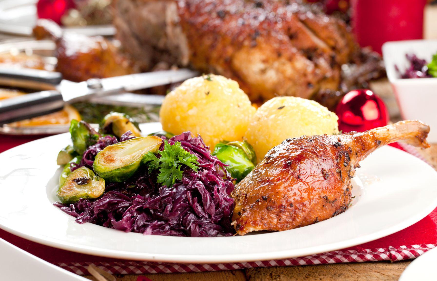 Ente mit Kartoffelknödel und Blaukraut