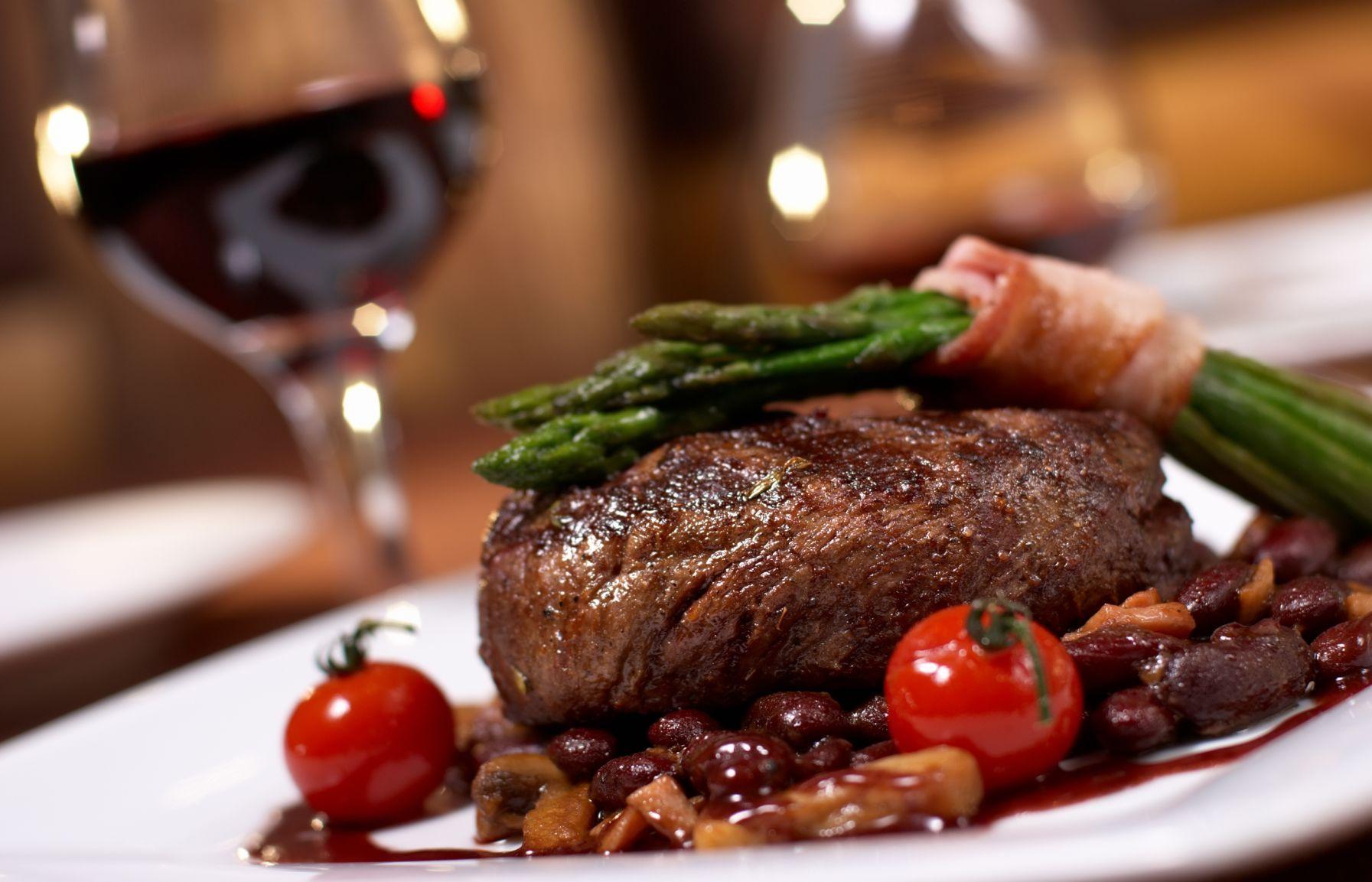 Steak mit Speckbohnen