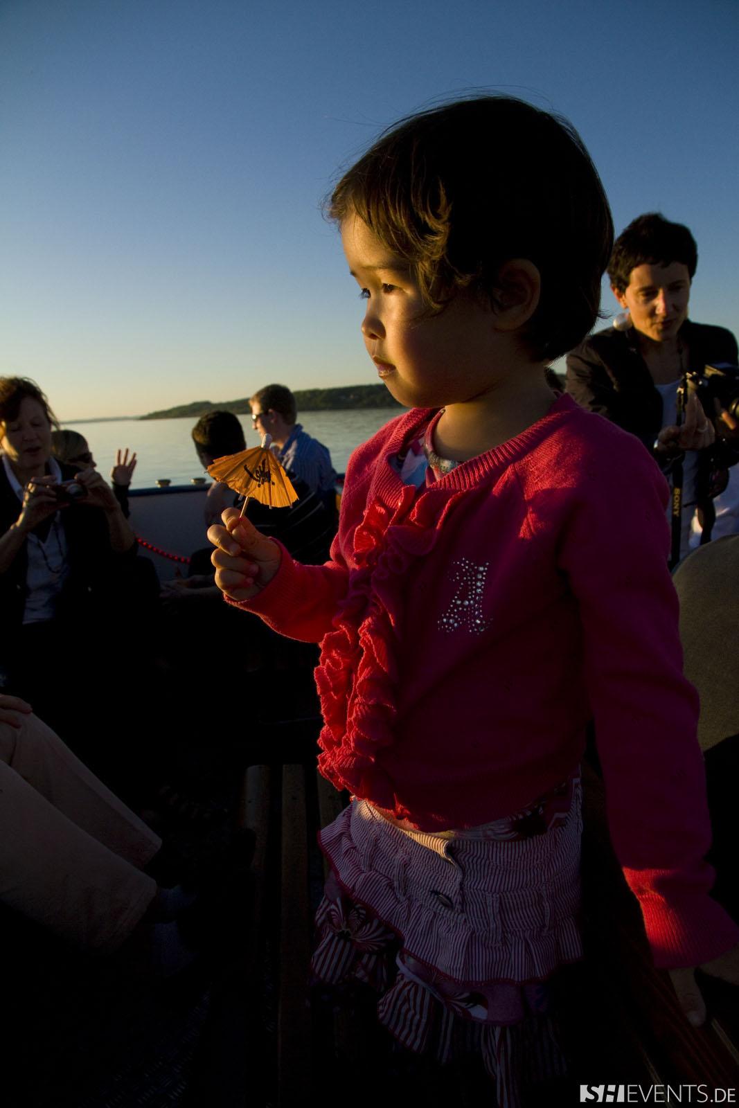 Kind auf dem Boot