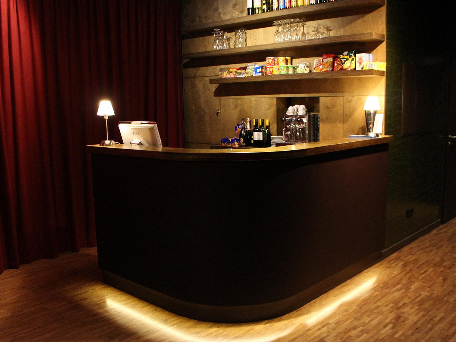 Aufnahme der Bar im Kino